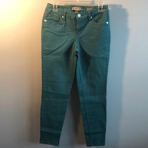 Green matchstick skinny jeans!